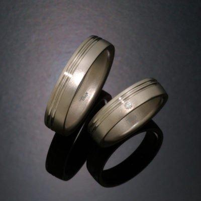Herrering_damering_vielsesringe_forlovesesringe_tilux_sten_brilliant_diamant_titanium_titan_t2009